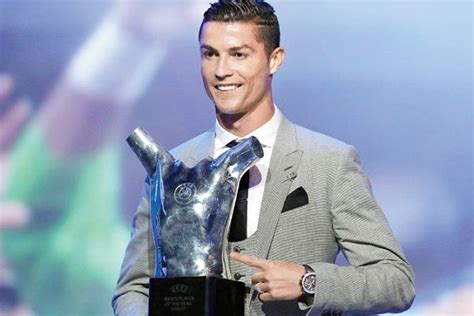 Cristiano Ronaldo wins his fifth Ballon d'Or and equals ...