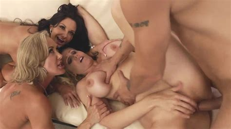 hot ladies are having group sex movie ava addams julia ann brandi love mr pete milf fox