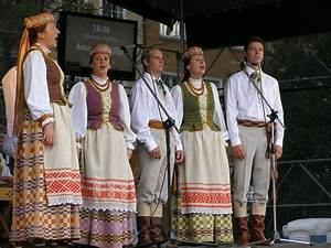 17 Best images about Lithuanian Traditional Dress on ...