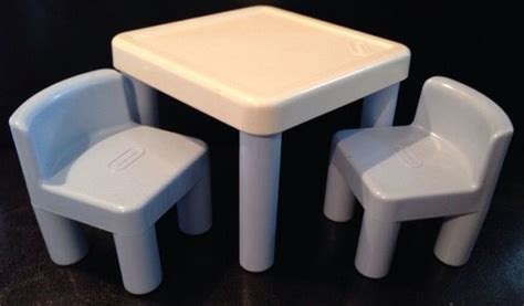 vintage little tikes dollhouse miniature table w 2 chairs