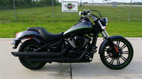 vn 900 custom 2013 kawasaki vulcan 900 custom in metallic flat platinum gray flat two tone