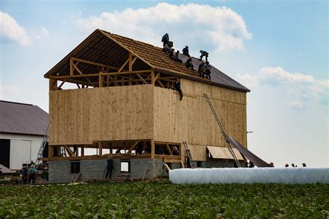 Amish Barn by How Managing Your Money Like The Amish Could Make You A