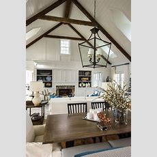 17 Charming Living Room Designs With Vaulted Ceiling
