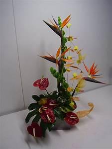 composition de fleurs moderne composition florale lyon With chambre bébé design avec composition de fleurs exotiques