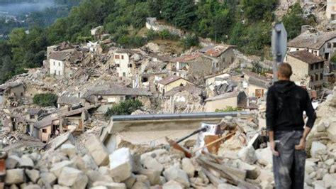 s 233 isme en italie le bilan s alourdit 224 247 morts