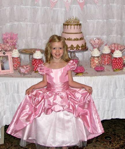 fun pretty  pink princess candy buffet    year