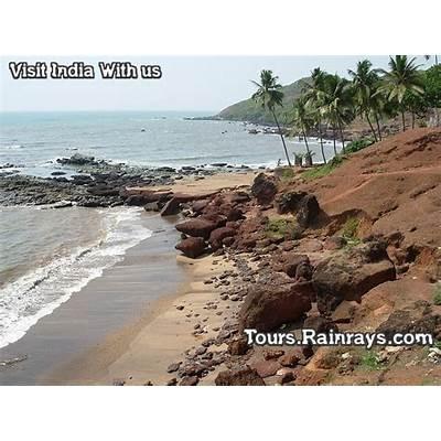 Tourist Attraction India: Anjuna Beach Goa