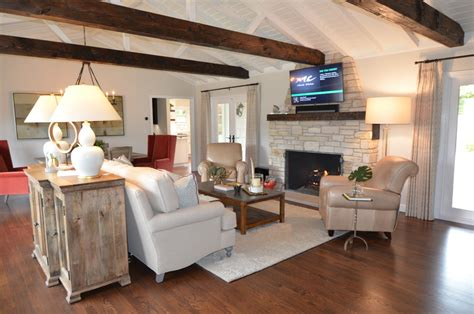 The total driving distance from pebble beach, ca to san francisco, ca is 123 miles or 198 kilometers. Pebble Beach Beach House - Beach Style - Family Room - San ...
