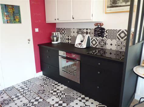 carreau de cuisine cuisine noir carreau de ciment cuisine nous a fait