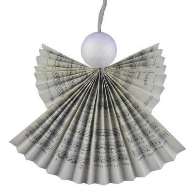 engel falten aus alten büchern magischen schutzengel aus gesangbuchseiten basteln recycling f 252 r das gotteslob basteln rund