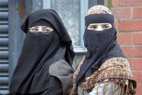 beautiful hot girls wallpapers burka niqab girls