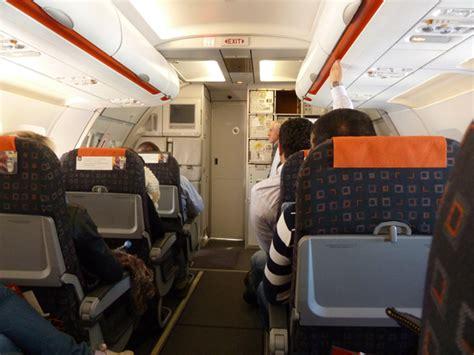 siege avion easyjet pourquoi vous ne devriez pas prendre un vol low cost