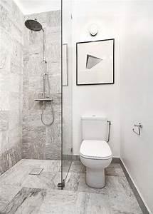 la petite salle de bains un grand defi et un vrai plaisir With carrelage adhesif salle de bain avec eclairage led pour sous sol