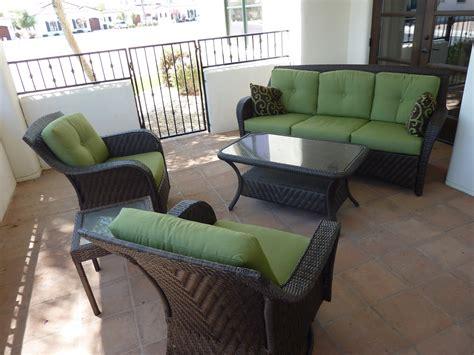 Home Decor: Amusing Broyhill Outdoor Furniture Combine