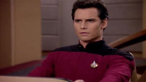 Watch Star Trek: The Next Generation Season 7 Episode 15 ...