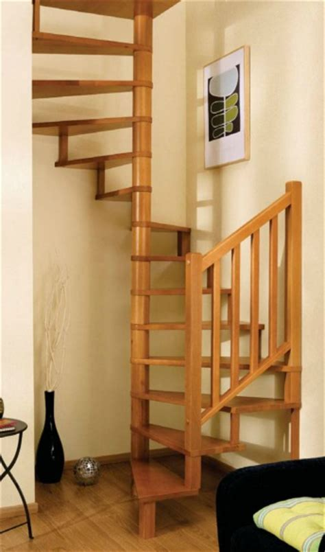 escalier en colimaon bois pin escalier en colimacon sur on