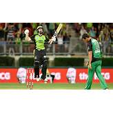 Big Bash League 2017: Sydney Thunder win an exciting match against ...