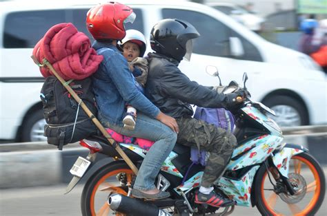 hati hati mudik naik motor bisa kena tilang