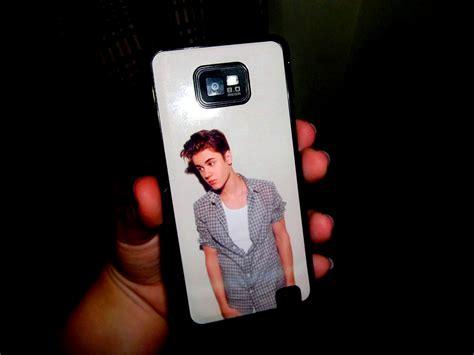 justin bieber phone my cell phone justin bieber photo 30353332 fanpop
