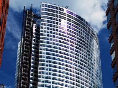 Ernst & Young Plaza - Wikipedia