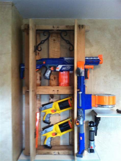 nerf gun rack nerf gun rack made from pallets every house needs one