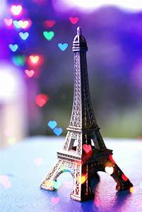 Eiffel Tower Cute Wallpaper - WallpaperSafari