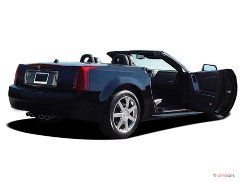 2005 Cadillac Xlr Pictures/photos Gallery