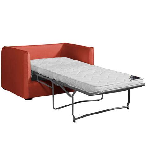 canapé a petit prix toutes nos solutions pour un couchage d 39 appoint femme