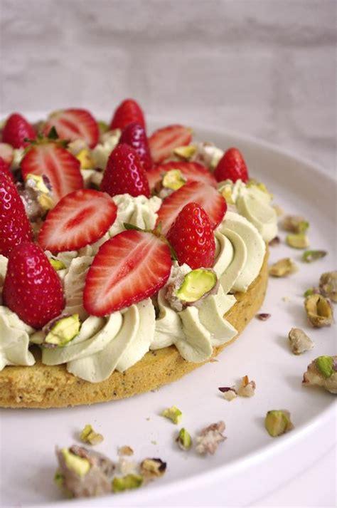 tablier de cuisine fantastik fraise pistache recette de tarte printanière facile