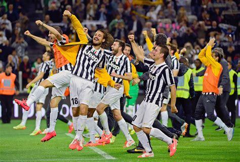 league  stars  kick   italian champions