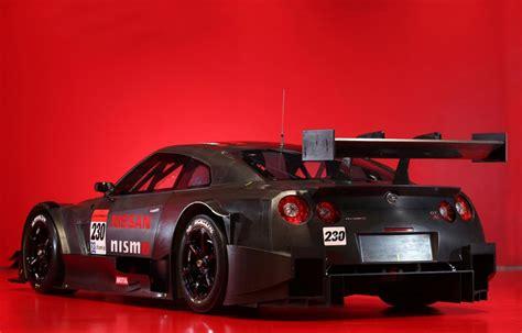 Nissan Gtr Race Car by 2014 Nissan Gt R Nismo Gt500 Gt Race Car Revealed