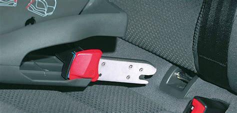 siège auto isofix vs ou ceintures de sécurité que choisir