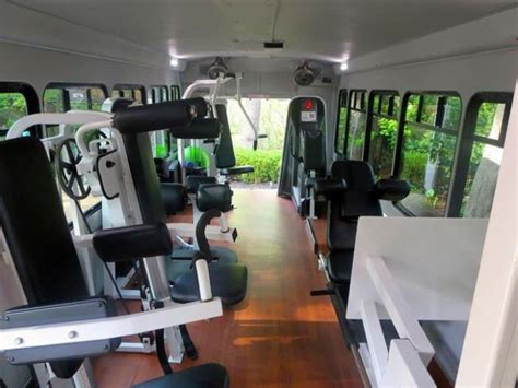 long islands gym  wheels vehicles
