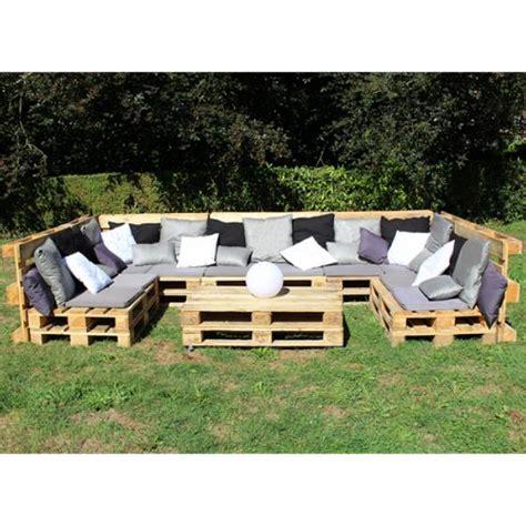 canapé en bois de palette location de canapé palette angle à ile de