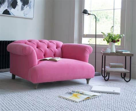 pink settee best 25 pink sofa ideas on pink sofa