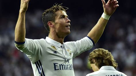 Cristiano Ronaldo equals Jimmy Greaves record as all-time ...