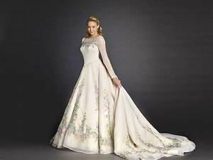 Cinderella Wedding Dress Lily James: Official Disney ...