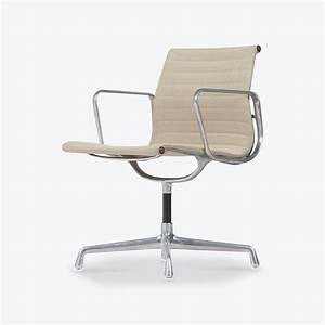 Eames Ea 108 : eames ea 108 chair by charles ray eames for vitra 1950s ~ A.2002-acura-tl-radio.info Haus und Dekorationen