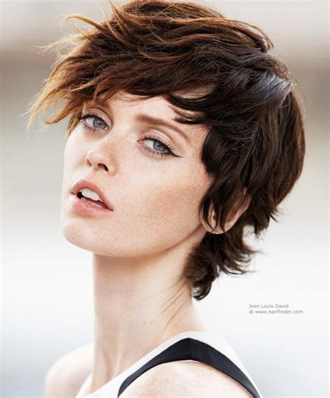 Short layered haircut with a fringe and highlights