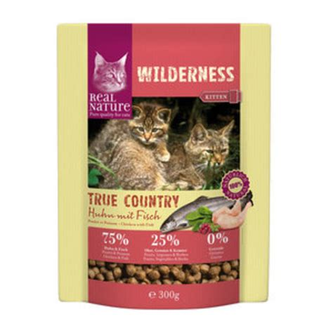 real nature wilderness kitten true country huhn mit fisch