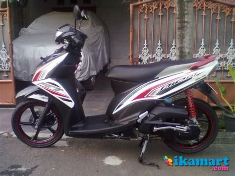 jual yamaha mio gt fi cw 2013 putih hitam jarang pakai motor