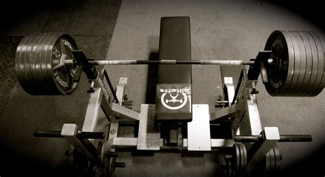5 Bench Press Mistakes That Will Stall Your Progress