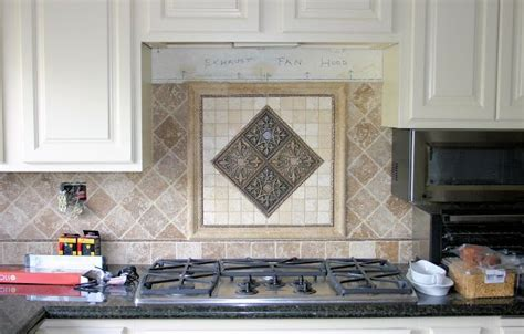 Kitchen Backsplash Centerpiece kitchen backsplash centerpiece set the 4 quot tumbled