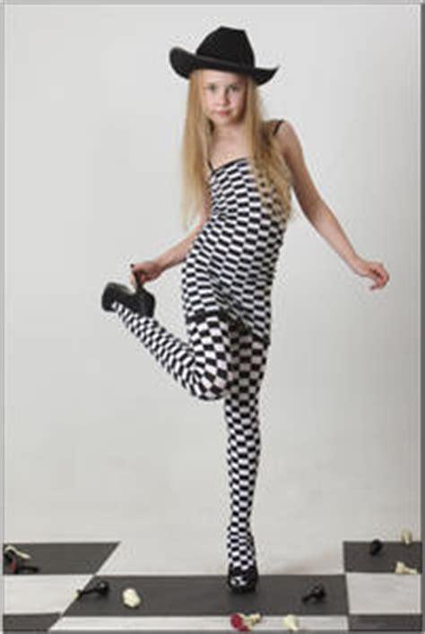 ddaria silver star teen model template printable
