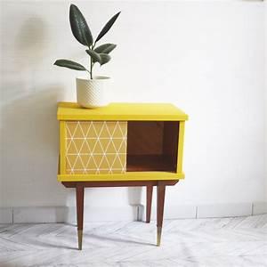 Table De Chevet Jaune : chevet vintage jaune luckyfind ~ Melissatoandfro.com Idées de Décoration