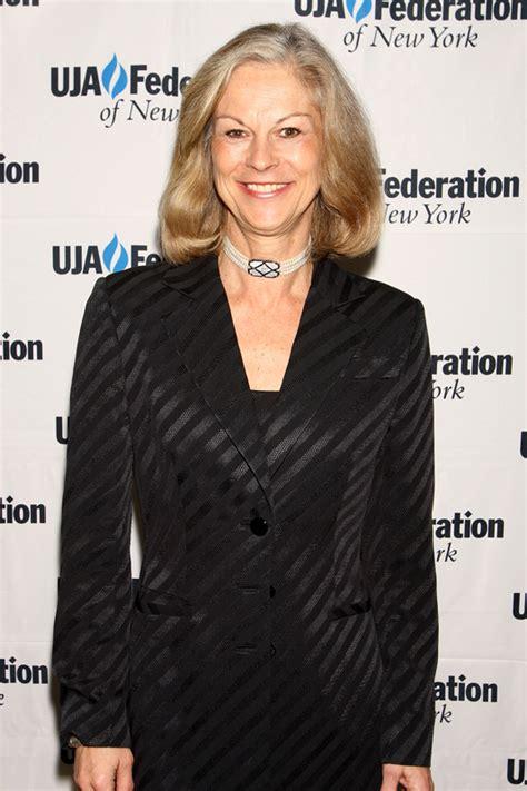 Hugh Hefner's Daughter To Step Down As Playboy CEO ...