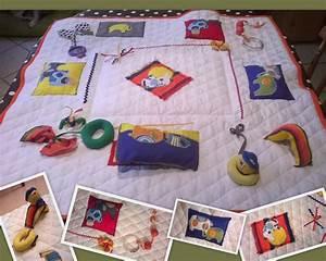 Maison D éveil : tapis d 39 veil maison chemin de famille 3 ~ Teatrodelosmanantiales.com Idées de Décoration