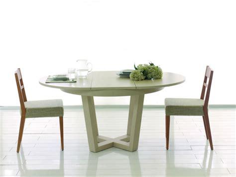 table ronde avec chaise table à manger ronde avec chaises noel 2017