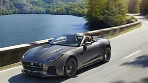 Jaguar F Type Cabriolet : 2017 jaguar f type svr convertible drive and exterior youtube ~ Medecine-chirurgie-esthetiques.com Avis de Voitures