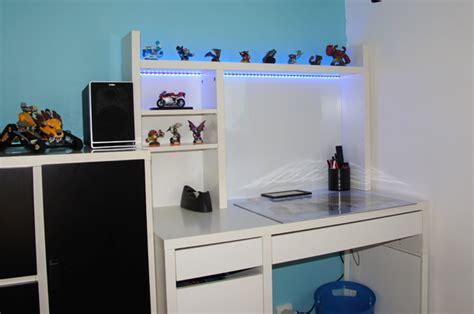 le led de bureau deco led eclairage idées déco pour les meubles